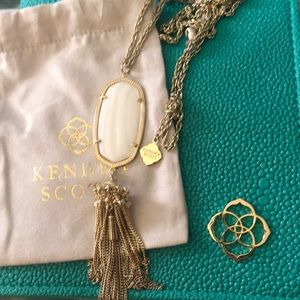 Like new Kendra Scott White Mother of Pearl Rayne